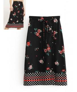 Black Flowers Pattern Decorated Simple Skirt
